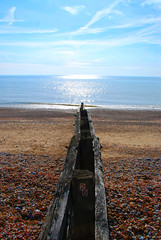 26 (antonychammond) Tags: uk blue sea england sky brown beach britain picturesque groyne eastsussex coodenbeach firsttheearth concordians theperfectphotographer simplysuperb grouptripod arkiesnaturegroup