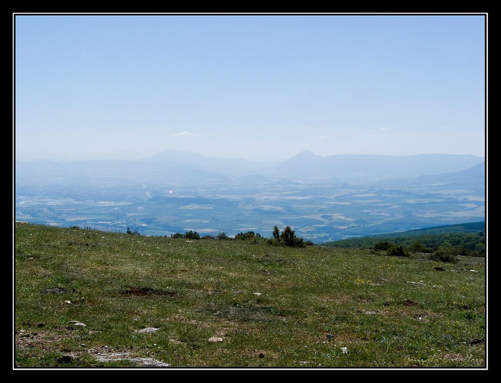 Cuenca de Pamplona desde la cima del Mortxe/Saldise (1123 m.)
