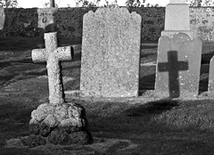 Two Crosses (w11buc) Tags: graveyard cross aberdeenshire headstone cemetary fraserburgh rattray crimond stmaryschapel blackwhitephotos blackandwhiteshadowolympuse3zd1260mmgreatscot5photosadayancientruinschurch