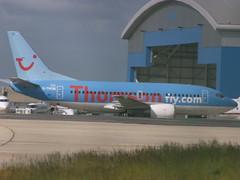 G-THOB- Boeing 737 ThomsonFly - 060622 - Luton - Steven Gray - CRW_7700