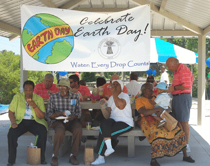 Over 100 people attended the Earth Day announcement  in Baxley, Georgia and many dined under a permanent pavilion by the river.