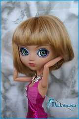 Melonni with barbie body and new wig (4) (Angie Zu Heltzer) Tags: doll body barbie planning wig blonde glam groove pullip inc dervish jun ato fashionistas rovam nahh junplanning glamurous nahhato rewigged melonni rewiged grooveinc