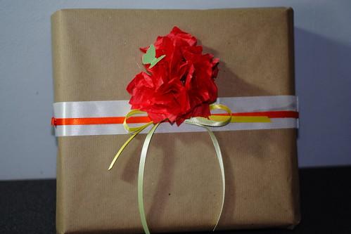 Gift wrap May20100001