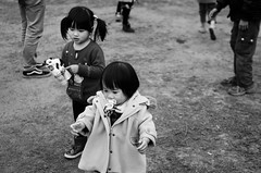 Our last holiday. (_MoominSamon) Tags: life park girls people bw white holiday black last hair children fun toy child faces taiwan days memory taichung pacifier ours bubblemachine nikond7000