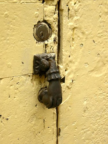 tocando a tu puerta