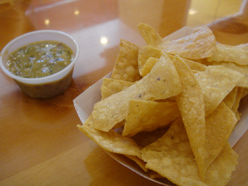 Chips & Tomatilla Salsa
