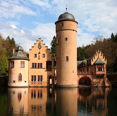Moated castle Mespelbrunn (pe_ha45) Tags: mespelbrunn moatedcastle supershot superaplus aplusphoto platinumheartaward wasserschlos leuropepittoresque mygearandme mygearandmepremium mygearandmebronze mygearandmesilver mygearandmegold mygearandmeplatinum mygearandmediamond