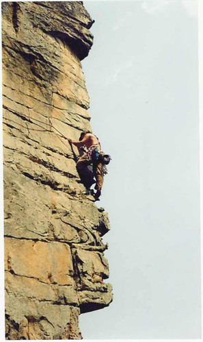 Gus Fontenot climbing at Steele, AL