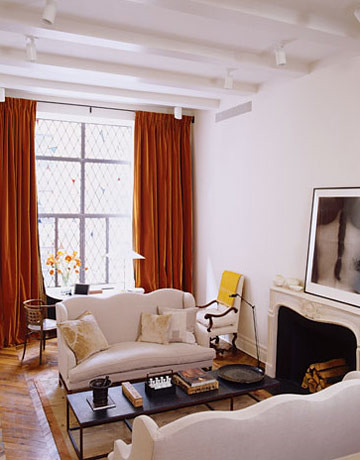 Ina Garten's New York apt: White living room + antiques + Farrow & Ball's 'Slipper Satin' by xJavierx.