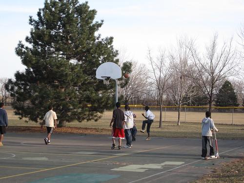 Basketball at Bossen Field