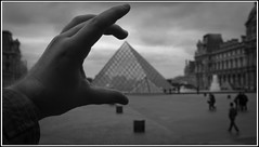 ..:: Louvre is Mine ::..