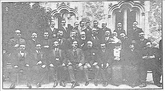 Ventura Reyes en el banquete homenaje al Director Gral. Primera Enseñanza, Hotel Castilla 1914, foto Rodríguez