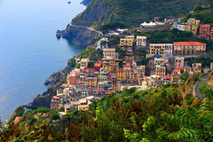 Riomaggiore (klausthebest) Tags: sea italy panorama house seascape colour bravo italia cityscape village liguria cinqueterre riomaggiore italians greatphoto topshots mywinners worldbest holidaysvacanzeurlaub betterthangood theperfectphotographer dragondaggerphoto saariysqualitypictures