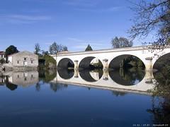 P1000469 (Nemodus photos) Tags: bridge reflection water landscape pont distillery fz30 topshots abigfave flickraward worldwidelandscapes panoramafotográfico vipveryimportantphotos