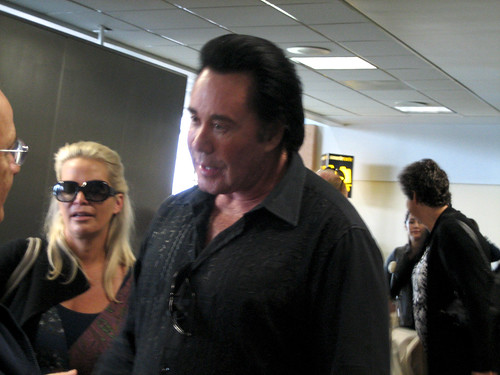 Wayne Newton at Chicago Airport