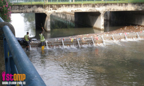 Kudos in keeping our canals garbage-free