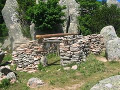 La petite bergerie à l'W de Bocca di Funtanella (avec la source)