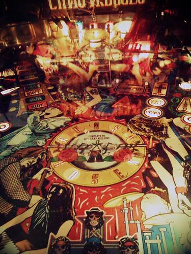 Pinball  ; Guns N' Roses