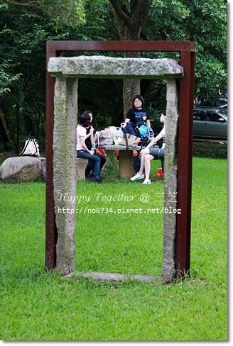 20090613_BeeFarm_379.JPG f.JPG f