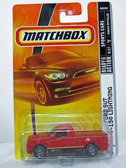 MATCHBOX 1/64 scale Ford SVT F-150 Lightning (Jose Michael S. Herbosa) Tags: ford philippines manila matchbox svt mbx fordracing fordsvtf150lightning