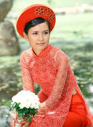 http://az24.vn/hoidap/cach-chon-mua-vai-va-may-ao-dai-cuoi-d2894076.html
