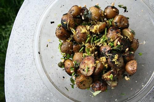 Grilled Herb Potato Salad - Tasty Yummies