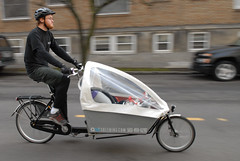 Cleaning service goes by cargo bike-6