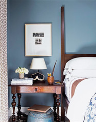 'Slate Blue' by Pratt & Lambert: Blue + white California bedroom (xJavierx) Tags: design santamonica interior decorating decor interiordesign bungalow blueroom housebeautiful bluepaint paintcolors prattlambert fourposterbed interiordesigner bluebedroom blueandwhiteroom