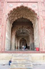 Lahore - Shahi Masjid - Interior II (zishsheikh) Tags: pakistan islam mosque mezquita lahore masjid badshahimasjid walledcity moguls mogul mughal shahimasjid bashaimosque muhals