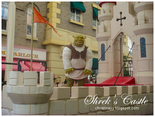 Warner Bros. Movie World: Shrek's Castle