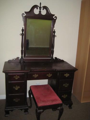 Kling Furniture dresser (vanity) circa 1940s