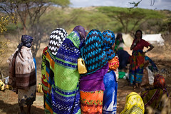 IMG_7336 Pastoralists (Swiatoslaw Wojtkowiak) Tags: africa girls colour water canon women peace meeting tribal event gathering conflict resolution 5d nomad ethiopia tribe ethnic indigenous thiopien etiopia jerrycan conflictresolution  peacemaking pastoralist yabelo ethiopi thiopie etiopien   dubluk