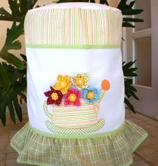 Capa para Galo 20l (ROTA da Arte) Tags: artesanato fuxico enfeites patchwork decorao cozinha bichinhos tecido bordado patchcolagem capaparagalodegua capaparagarrafatrmica bandparacortina