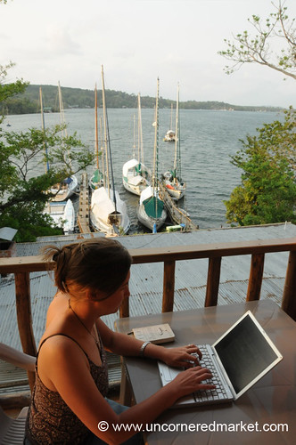 Pleasant Working Environment in Rio Dulce, Guatemala