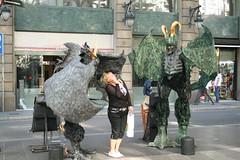 Ramblas Street Performers (adrianmojica) Tags: barcelona spain dragon streetperformers larambla lasramblas drac