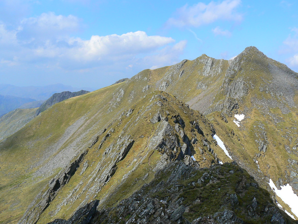 Looking along the Forcan Ridge