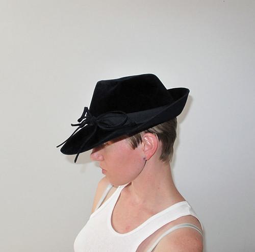 1940's blue velvet hat