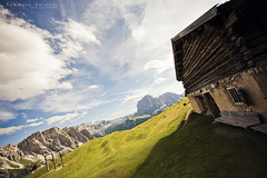 Toward the Outside (Korso87) Tags: house mountains landscape freedom horizon swing trentino