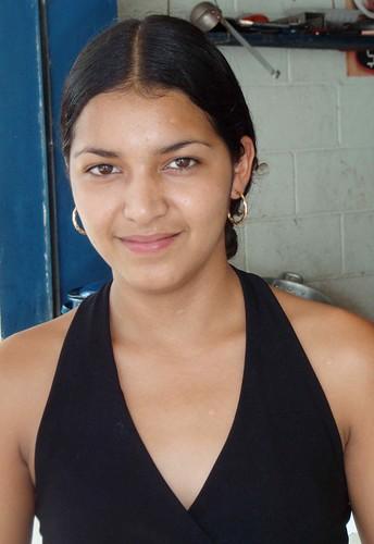 Beautiful woman - Mujer hermosa; Cacaopero, Morazán, El Salvador