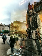 On Stranger Tides [Explore] (Paul..Andrews) Tags: street reflection skull scotland faces dundee explore pirate characters depp piratesofthecaribbean supernatural spnp dundeepeople onstrangertides streetphotographynowproject instruction33
