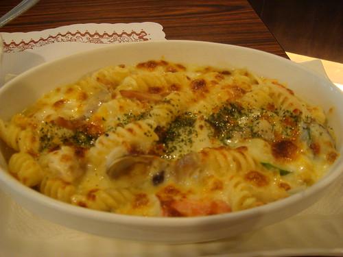 09馬沙義大利麵-奶油海鮮焗烤麵.jpg