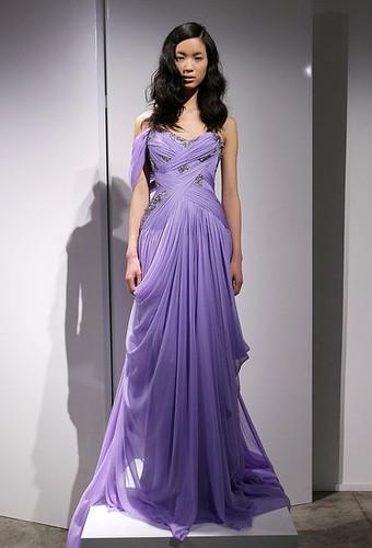 Kristen Stewart Shows Some Skin in J. Mendel Gown at 'Twilight