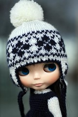 Bobble I (F l e u r) Tags: doll rainy blythe nightflower bobblecap