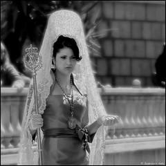 Estaba pensando que... (jlanta) Tags: calle mujer gente semanasanta jan maquillaje mantilla procesin catlica joyas religin peineta torredelcampo josluisanta