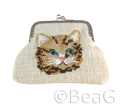 Change Purse (Portemonneetje) (Made by BeaG) Tags: original money animal cat creativity design crossstitch artist needlework belgium natural designer handmade wallet linen embroidery unique oneofakind ooak animallover kunst belgi creation purse change embroidered changepurse unica unicum innovative beag catlovers catpurse innovatief kunstenares purseframe uniquedesign ontwerpster originaldesigner creativedesigner metalpurseframe metalclosure portemonneetje knipbeurs beugelsluiting catchangepurse designedandmadebybeag uniekontwerp ontworpenengemaaktdoorbeag