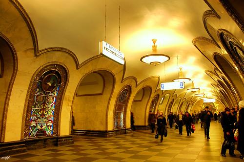 Metro 莫斯科地下宮殿