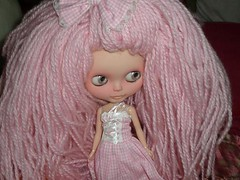 Pepper Pearl Chips (Liz/Daifuku_Darling) Tags: bunny doll yarn more blythe once custom hunny reroot