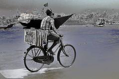Ice cream vendor at Utorda Beach ! (Anoop Negi)