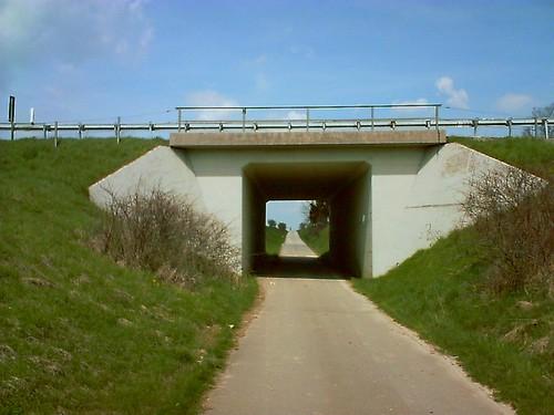 A8 BW 7525 510 Unterführung östl. von Tomerdingen_001