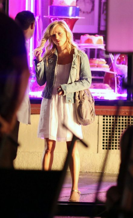 reese-witherspoon-jeans-jean-jacket-JT-1